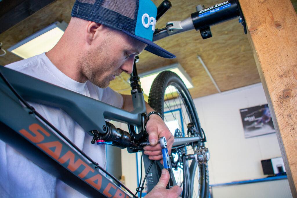 Ski & Bike Garage_1737 Plasselb_Bike Service_Photo by Fabienne Mooser